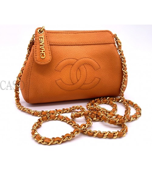 CHANEL VINTAGE ORANGE CAVIAR LEATHER POCHETTE